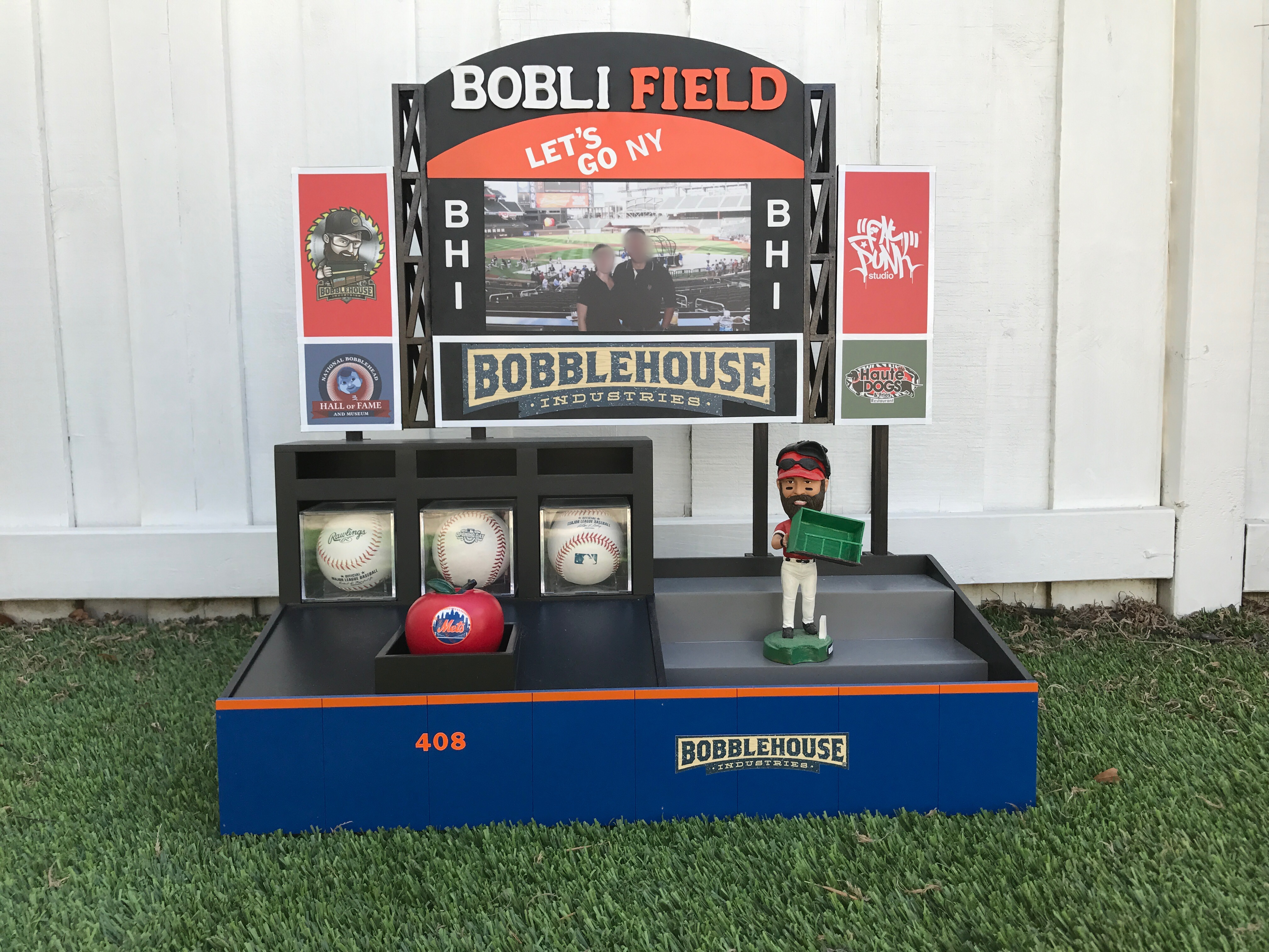 BobliField™ for the homeless bobbleheads in NY